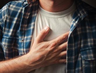 Что значит, когда болит в груди?